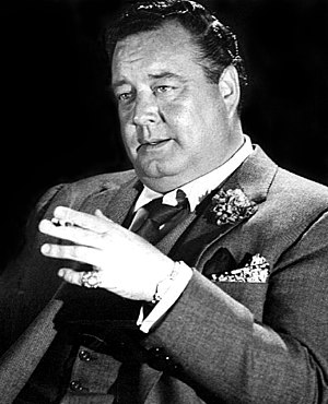 Jackie Gleason - As Minnesota Fats in The Hustler (1961)