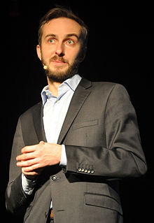 Jan Böhmermann in Rostock 2014 06.jpg