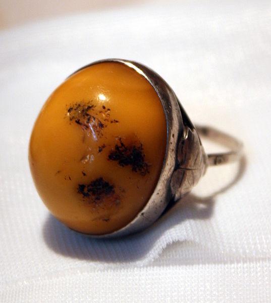 Pierścionek z bursztynem - jubiler, biżuteria lublin
