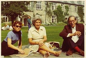 Kaye Webb - Kaye Webb (centre) with Joan Aiken (left) at Dartington Hall in 1972.
