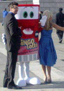 Joe Pasquale at BingoLotto launch.jpg