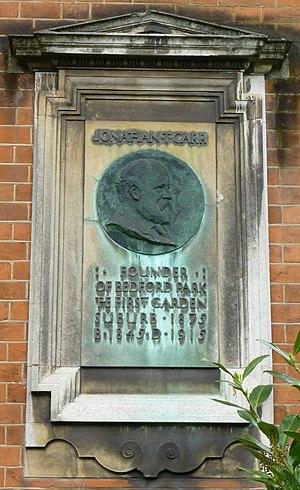 Jonathan Carr (property developer) - Jonathan Carr plaque at Bedford Park