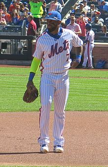 José Reyes on September 25, 2016 (3) (cropped).jpg