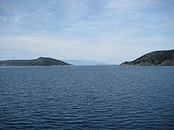 Kanal Krušija između Cresa i Plavnika