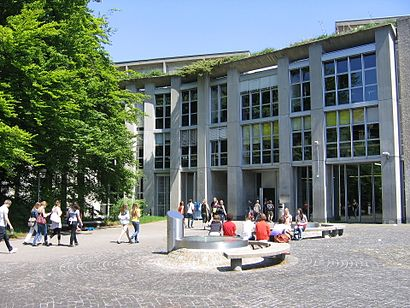 How to get to Literargymnasium Rämibühl with public transit - About the place