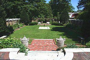 Keeler Tavern - Charleston Garden designed by Cass Gilbert