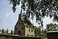 Kerkje in Haskerhorne op een terp zoals zo veel kerkjes in Friesland.jpg