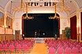 Kleine zaal Concertgebouw De Vereeniging Nijmegen Bouwjaar 1917-1919 Oscar Leeuw Huib Luns en Egidius Everaerts podiumzicht.jpg