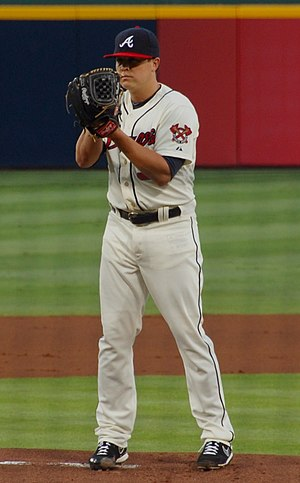 Kris Medlen - Medlen pitching for the Atlanta Braves in 2013