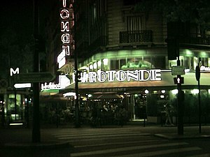 Café de la Rotonde - La Rotonde at night, 2002