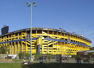 Invasión - Boca Juniors' stadium, La Bombonera, was one of the locations of the film