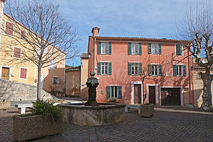 Peymeinade - The square of Gervais Court in Peymeinade