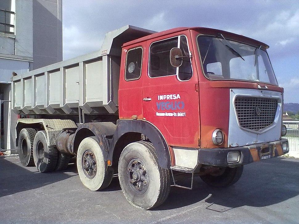 Lancia Esagamma E front3