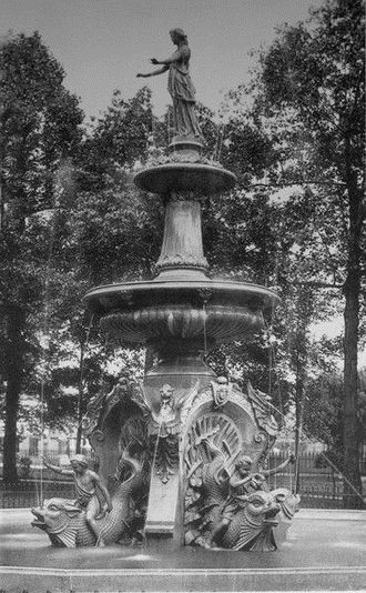 Woodland Cemetery (Cleveland) - The large 1887 fountain.