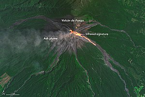 Volcán de Fuego - Satellite image of a lava flow on Volcán de Fuego, 2016