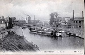 Canal Saint-Denis - The Canal Saint-Denis in the town of Saint-Denis at the beginning of the 20th century.