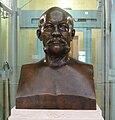 Leipzig Reichsgericht Büste Rudolf von Gneist.jpg