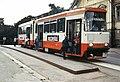Liikennelaitoksen raitiovaunu Ensi linjalla. (hkm.HKMS000005-km0025i2).jpg