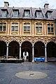 Lille WLM2016 cour intérieure de la Vieille Bourse (9).jpg