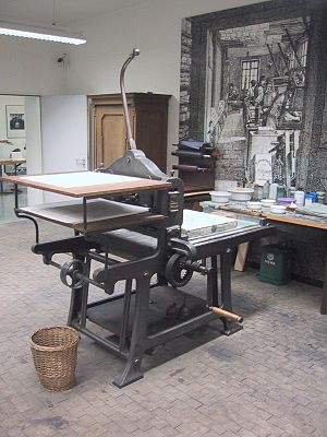 Lithography press for printing maps in Munich.