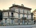 Lodi - edificio piazzale Medaglie d'Oro 2.jpg