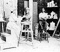 Lola Mora trabajando en su taller 1903.jpg