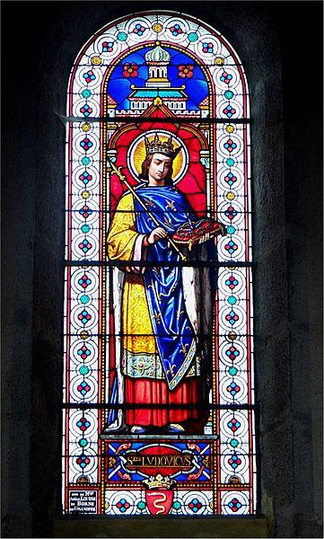 Église Saint-Alban, Lormes, Nièvre, France. Vitrail représentant Saint Louis (Ludovicus)