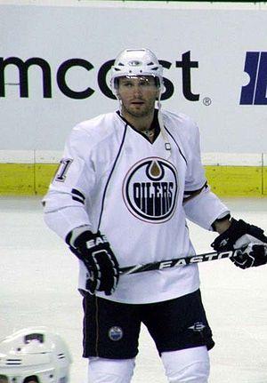 Ľubomír Višňovský - Višňovský with the Edmonton Oilers in 2009