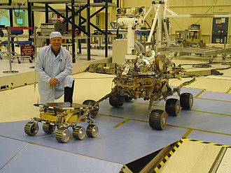 Comparison of embedded computer systems on board the Mars rovers - Image: MER vs. Sojourner PIA04827