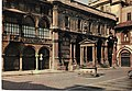 MI-Milano-1967-piazza-Mercanti.jpg