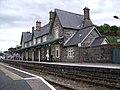 Machynlleth station (8062138605).jpg