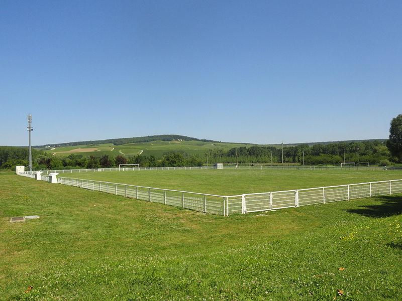 Terrain de football de Magenta (Marne).
