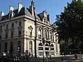 Mairie du 11e vue du Bd Voltaire.JPG