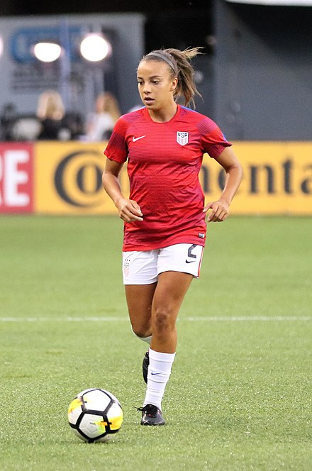 Pugh with the United States against New Zealand on September 19, 2017. Mallory Pugh (37460720721) (cropped).jpg