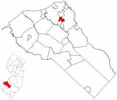 Woodbury Heights highlighted in Gloucester County. Inset map: Gloucester County highlighted in the State of New Jersey.