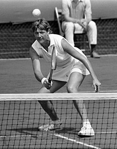 Margaret Court at the net 1970.jpg