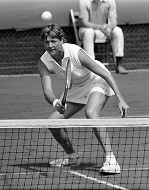 Margaret Court - Margaret Court at the net in 1970