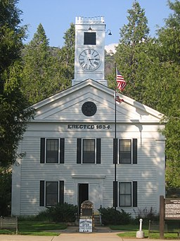 Mariposa Courthouse CA.jpg