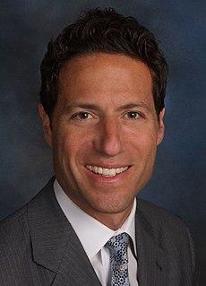 Mark Shapiro (media executive)