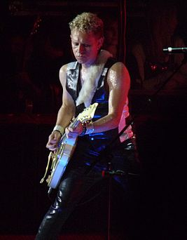 Martin Gore 2009 London cropped.jpg