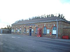 Martin Mill railway station.jpg