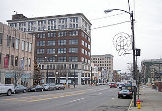 Massillon, Ohio - Lincoln Way in downtown Massillon in 2006