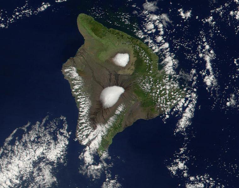Bestand:Mauna Loa Mauna Kea.jpg