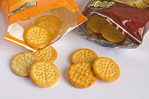 "McVitie's - Mini Cheddars (""original"" and ""BBQ"" flavours)"