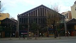 Mercat de la Concepció - façana Aragó.jpg