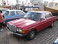 Mercedes-Benz 200 W123 (7552801180).jpg