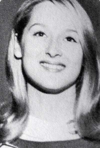 Meryl Streep cheerleader 1966 (cropped 2).jpg