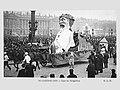 Mi-Carême 1906 - Place de la Concorde, le char de Gargantua.jpg