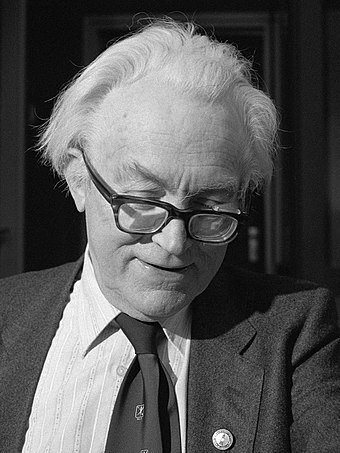 Michael Foot: leader of the party in opposition, 1980-1983 Michael Foot (1981).jpg