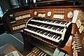 Mochenwangen Pfarrkirche Orgel Spieltisch 1.jpg